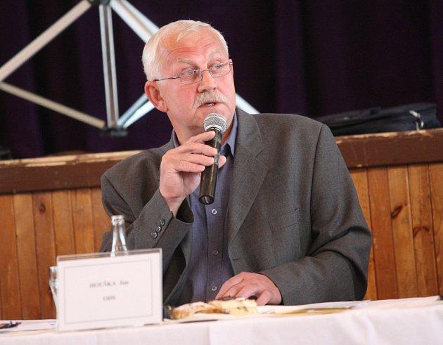Starosta Jan Houška.