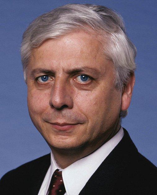 Bohumil Bocian (nezávislý, později ČSSD), starosta 1992 - 1998.