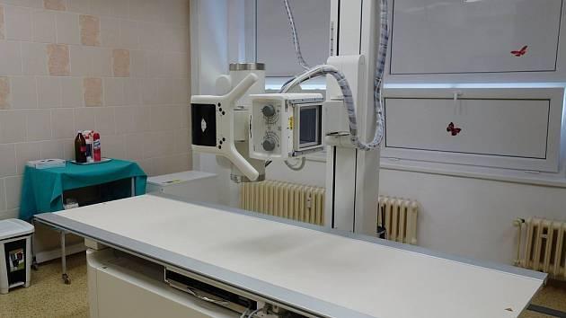 Slavnostní otevření proběhlo za přítomnosti zástupců města Klášterce a ředitele kadaňské nemocnice.