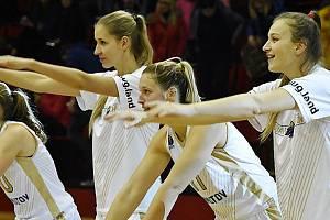 Chomutovské basketbalistky.
