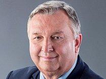 Jaroslav Krákora (ČSSD) byl dlouhá čtyři volební období poslancem.