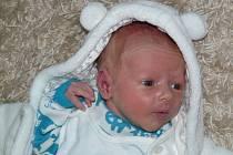 Maxmilián Novák se narodil 21.9.2013 v 9:11 hod. v Chomutovské porodnici. Vážil 2,9 kg a měřil 48 cm. Fotografii zaslala rodina.
