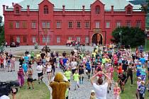 U kláštereckého zámku se sešly stovky lidí
