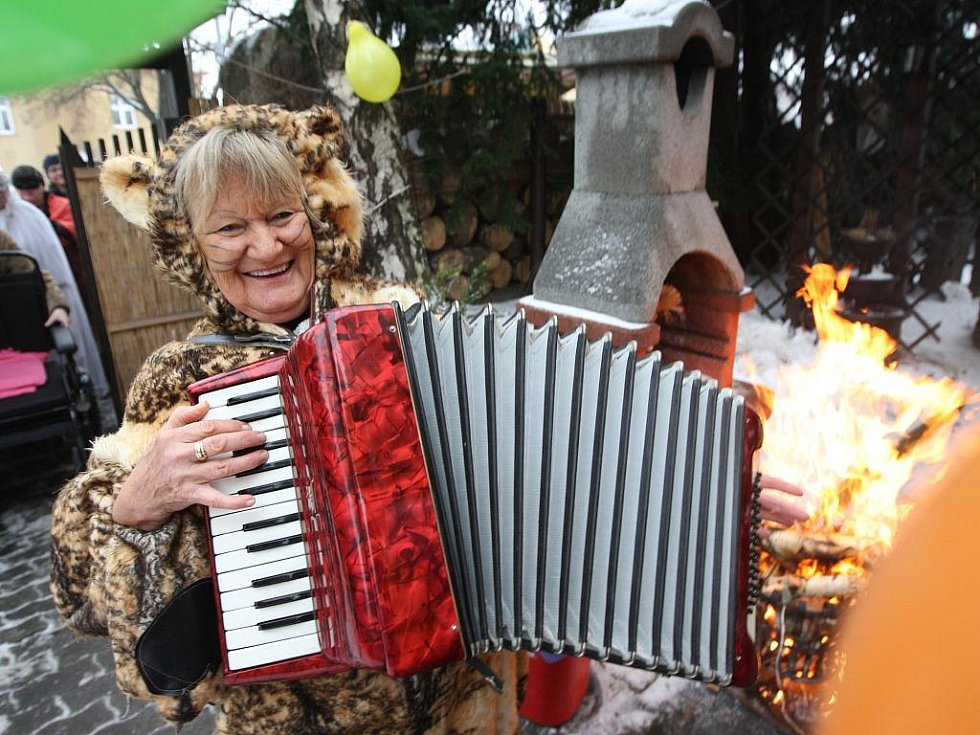 K reji patří veselí a hudba.