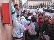 Loni využilo možnost napsat Ježíškovi přes čtyřicet tisíc dětí.