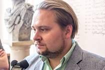 Jaroslav Veverka, statutární ředitel hokejového klubu po zasedání zastupitelstva.