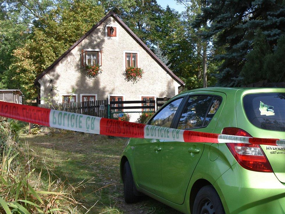 Dům v Domašíně, kde mělo k tragédii dojít.