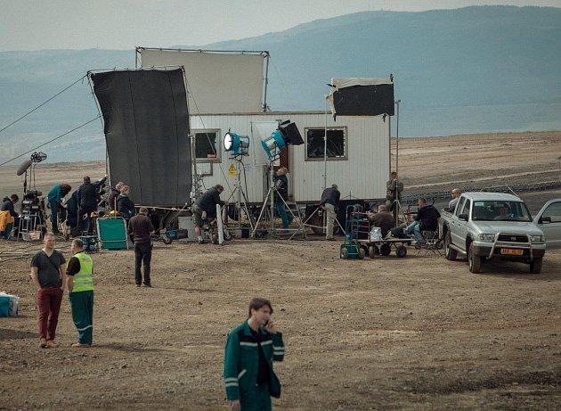 Filmový štáb HBO v dolech u Kadaně.