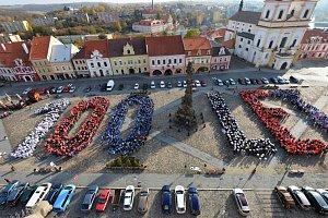 Republiku zaplavily živé české vlajky. Podívejte se 79de38fa73