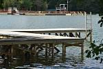 Mola pod svahem budou v sezóně zřejmě uzavřená. Pro plavce by mohla být nebezpečná.