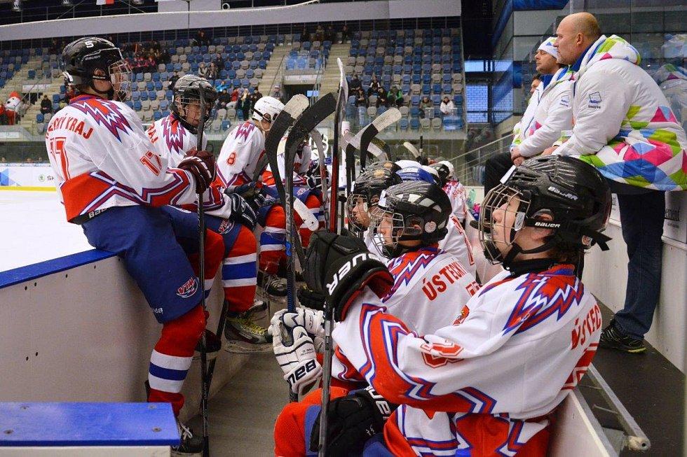 Mladí hokejisté Ústeckého kraje nakonec obsadili na olympiádě šestou příčku. V souboji o umístění podlehli Jihočeskému kraji po nájezdech.