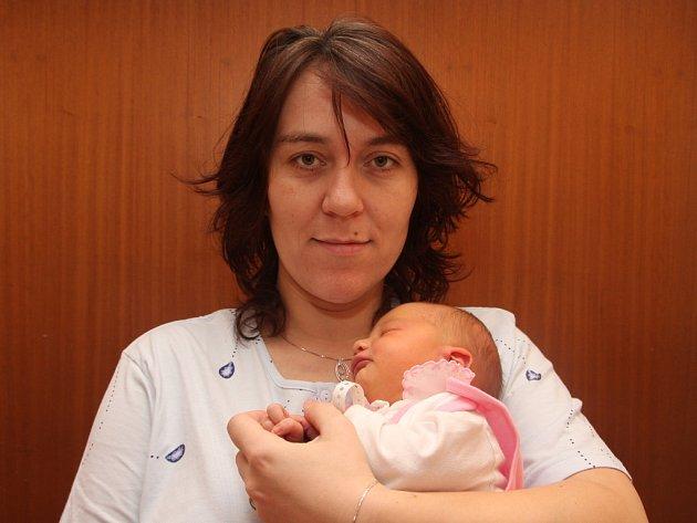 Eliška Jurenová z Klášterce nad Ohří, narozena 1.1. 2008 ve 14.20 hodin v Kadani, 53 cm, 4,190 kg s maminkou Alžbětou Jurenovou.