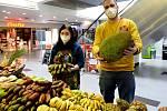V  obchodním centru Chomutov si návštěvníci mohli pochutnat na exotickém ovoci a koření z Afriky.