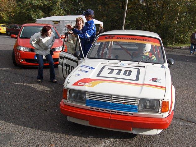 Snímky ze závodního dne v Jirkově.