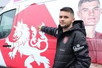 Reprezentační záložník a hráč Teplic Patrik Žitný.