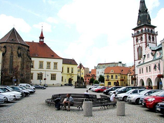 Chomutovské náměstí.