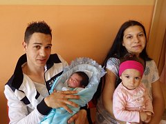 Milan Demeter se narodil 23. května 2017 v 1.47 hodin rodičům Dianě Demeterové a Milanu Stejskalovi z Jirkova. Měřil 51 cm a vážil 3,1 kg. Přivítat ho přišla i sestra Diana Stejskalová.