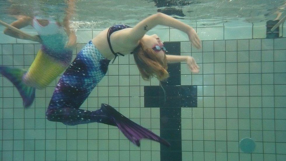 Kurzy mermaidingu.