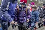 Děti v zooparku si  během ekotábora mimo jiné hrály na zvířecí detektivy.