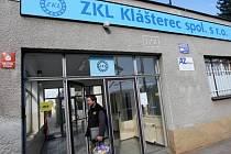 Závodní dovolenou má stále ještě 200 zaměstnanců podniku Strojírny ZKL Klášterec nad Ohří na Chomutovsku.