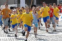 START! Stovky mladých sportovců se poměří v několika disciplínách, včetně atletických. Snímek je z jednoho z dřívějších ročníků Her mládeže, které se konaly v Ústí nad Labem.