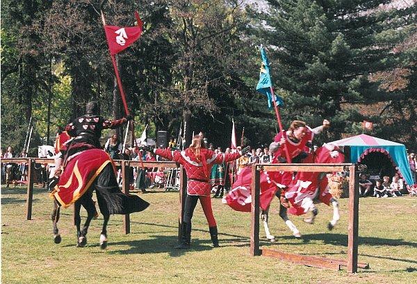 Rytířský turnaj ze slavností vroce 2005.