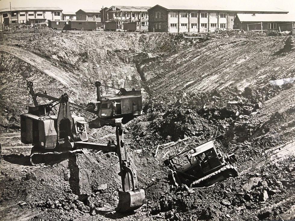 Začátek stavby Elektrárny Prunéřov I
