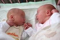 Zdvojčátek Lucie a Ondřeje se raduje maminka Ivana Menhardová zChomutova. Děti se narodily 6.5. 2009 – Lucinka v11.59 hodin, měřila 48 centimetrů a vážila 2,90 kilogramů. Bráška Ondřej přišel na svět ve 12.04 hodin, měřil 48 centimetrů a vážil 2,60 kil