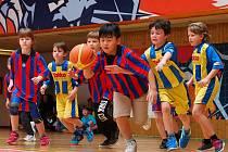 V basketbalové SD lize se sešla školní družstva složená z žáků prvních až třetích tříd