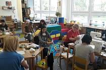 Zaměstnankyně MŠ Prokopova pečovaly o děti rodičů Integrovaného záchranného systému v Chomutově.