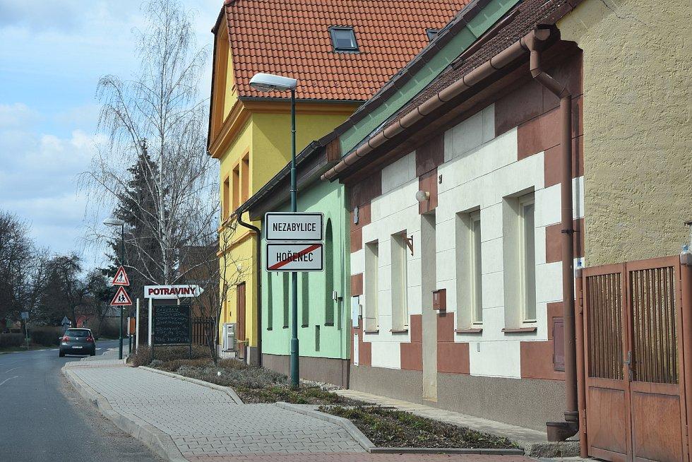 Centrum s obecním úřadem.