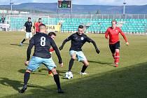 Chomutov (v černém) čeká domácí zápas.