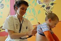 Svého lékařského poslání se primářka vzdát nechce.