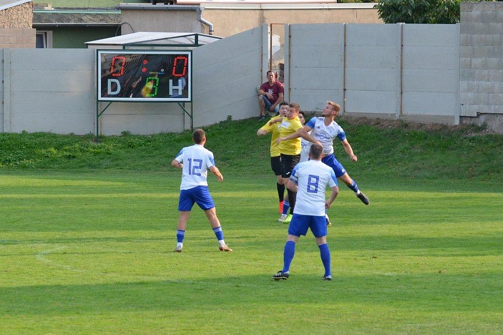 SK Ervěnice-Jirkov (žlutí) doma padly s Roudnicí.