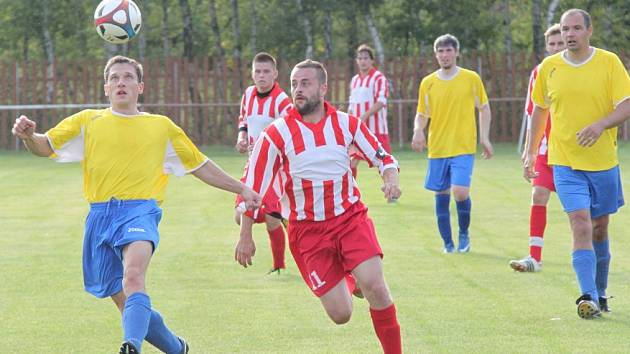 Ze zápasu okresního přeboru Otvice - 1. SK Jirkov.