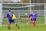 GÓL: Běží 26. minuta utkání a František Polka s číslem 7 posílá hlavou míč za záda bezmocného gólmana hostů Víta Nečeka. Březno vede 1:0.