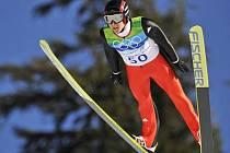 Skok do historie. Švýcar Ammann si letí pro čtvrté olympijské zlato.