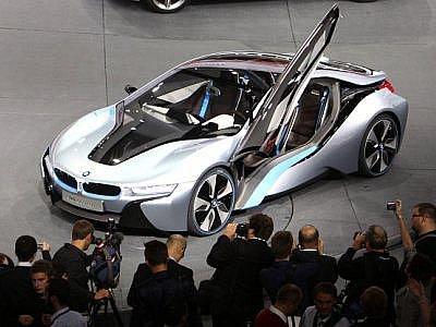 Brány frankfurtského autosalonu se otevřely. Na návštěvníky čeká 89 nových modelů.