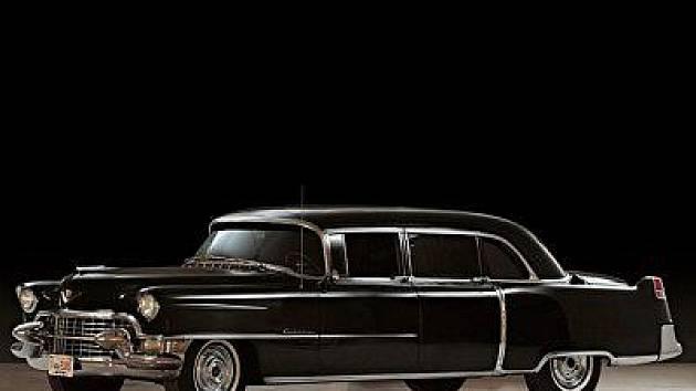 Elvisův Cadillac jde do aukce v polovině listopadu 2011.