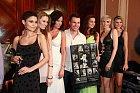 Ve čtvrtek 15. 4. bylo totiž slavnostně otevřeno nové casino v centru Prahy, Casino Calais, a při té příležitosti tam hlavní tváře Celebrity Poker Tour 2010 pokřtily svůj kalendář.