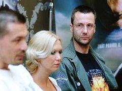 Scenárista Kajínka Marek Dobeš, vpravo