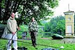 Petr Kočí a Pavel Houdek nedají na rybaření u soutoku Vltavy a Lužnice dopustit. Ideální dovolená, říkají.