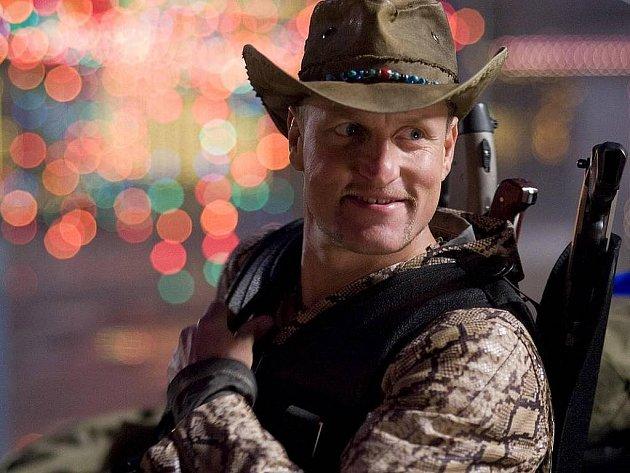 Woody Harrelson zažívá obrovský comeback díky filmu Zombieland