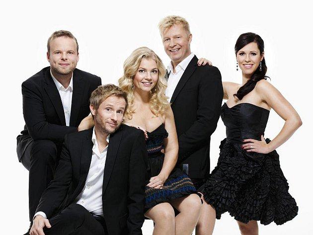 Vrchol festivalu Jazz bez hranic je galakoncert  švédské vokální skupiny The Real Group ve Velkém divadle v Plzni