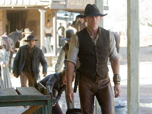 Daniel Craig ve filmu Kovbojové a vetřelci