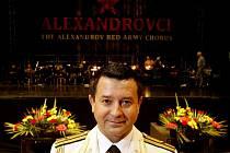 Rusky armádní sbor Alexandrovci vystoupil 7. října v pražské Tesla Areně. Na snímku hlavní solista Vadim Ananev.