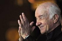 Slavný německý herec Armin Mueller-Stahl, známý i u nás, získal na letošním Berlinale Čestného Zlatého medvěda