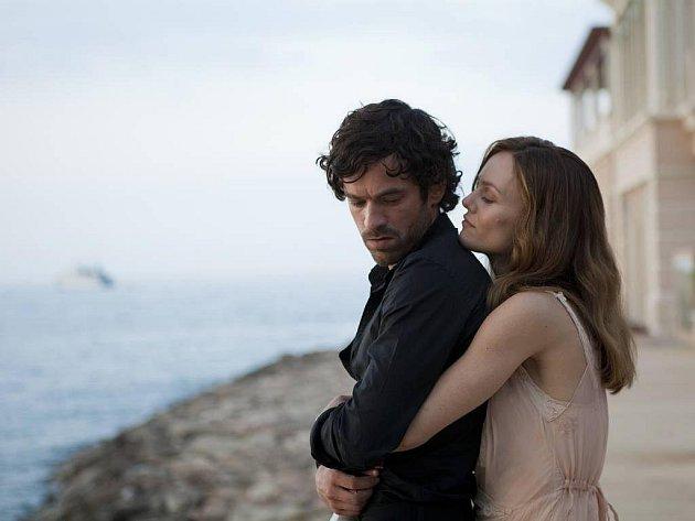 LÁSKA? Vanessa Paradis a Romain Duris v romantické komedii (K)lamač srdcí.