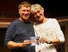 23. září 2009 se v pražském divadle Kalich uskutečnil slavnostní křest CD Chvála bláznovství. Norská komedie o dvou retardovaných mužích v podání Vladimíra a Michala Dlouhého se tak dočkala zvukové verze za pomoci rozhlasové režisérky Hany Kofránkové
