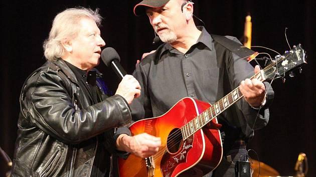 Václav a Jan Neckářovi spolu na pódiu dnes